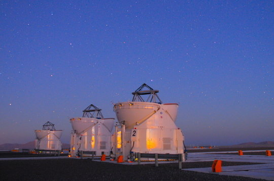 <p><em>Three of the 1.8-metre telescopes of the Very Large Telescope Interferometer of the European Southern Observatory in Chile.</em></p>