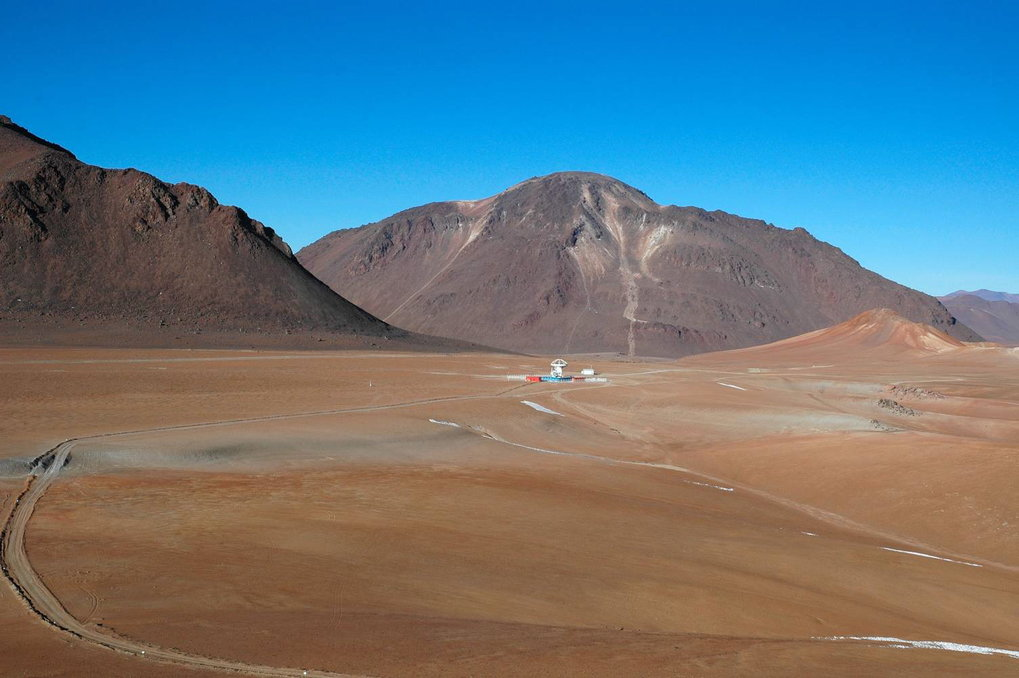 The APEX Telescope at the Llano de Chajnantor high plateau in northern Chile
