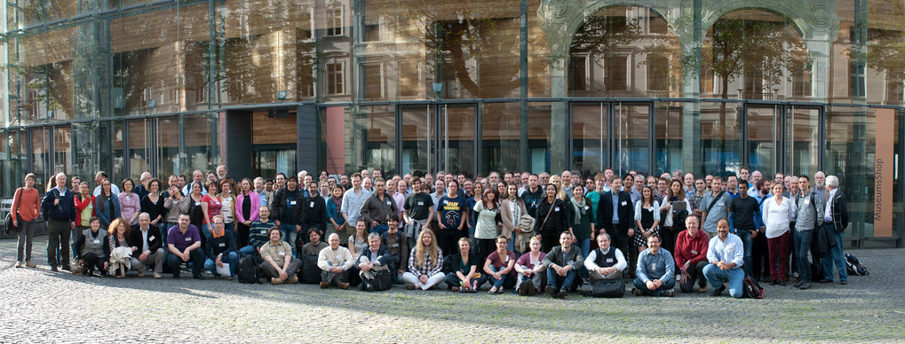 Group picture of the MRU conference, organised by the MPIfR and held at the LVR-Landesmuseum Bonn.